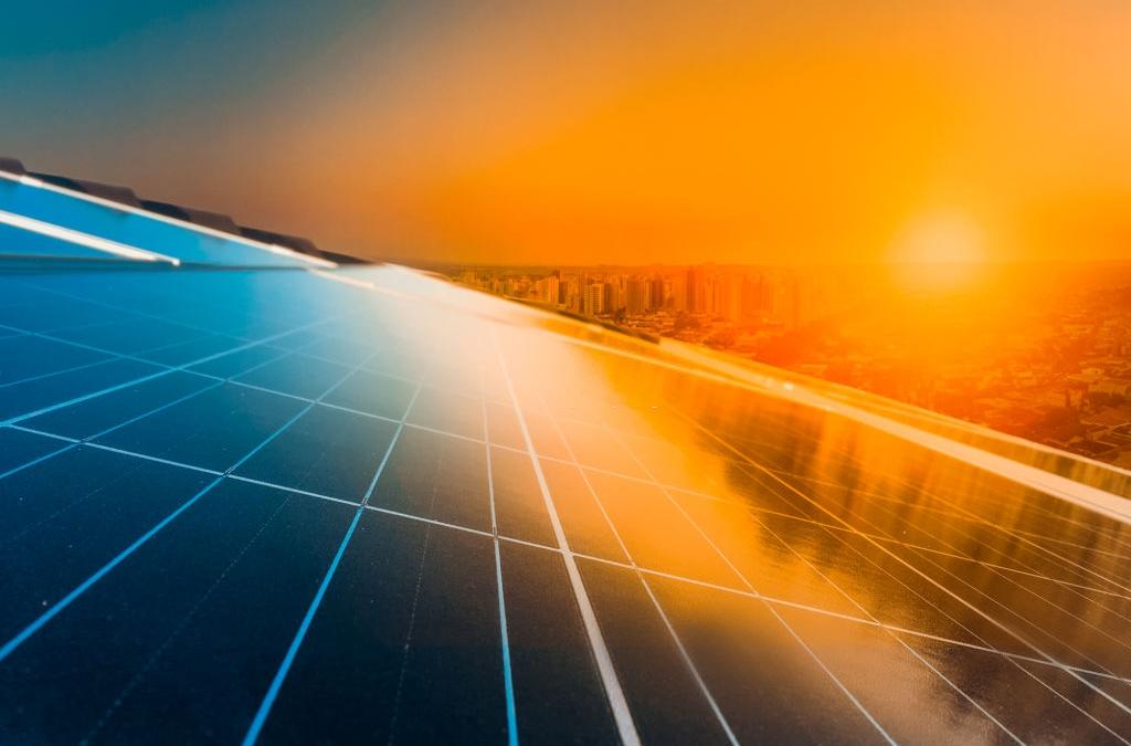 Rinnovabili: il Medio Oriente scende in campo, mentre in Europa gli investimenti saranno stabili nel 2020