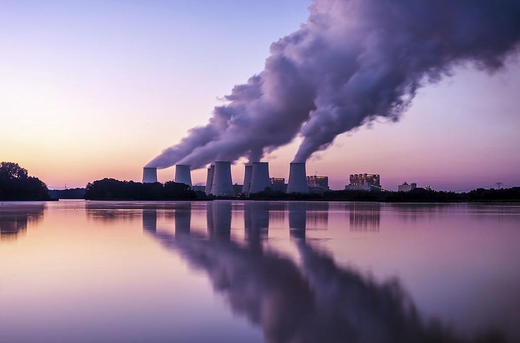 Eurostat: in picchiata le emissioni di CO2, mentre aumentano rinnovabili e gas naturale