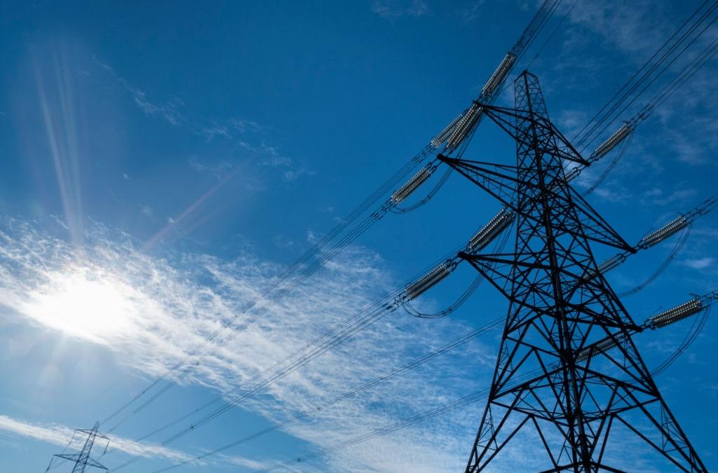 Covid-19: shock senza precedenti per l'energia, bene solo rinnovabili